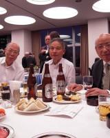 左より小林会員、塩崎副会長、鈴木副会長